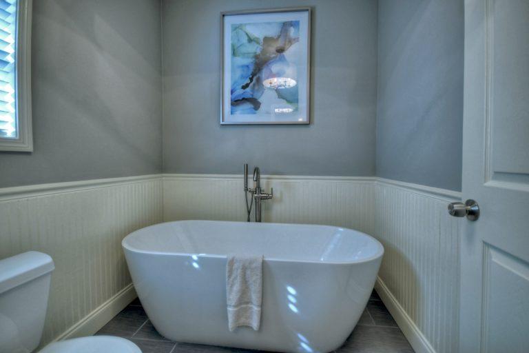 Spa bathroom2