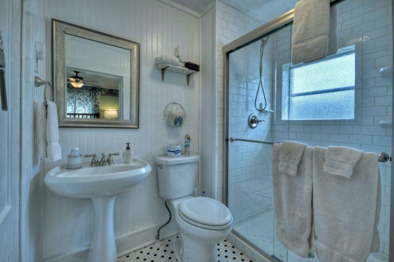 garden bathroom1