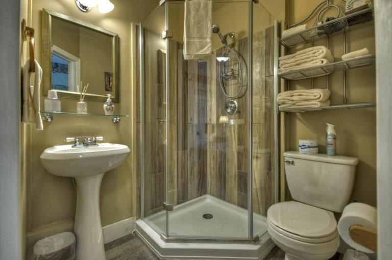 sports bathroom1